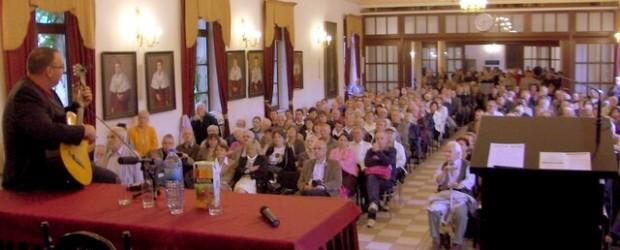 Tłumy na spotkaniu z Sakiewiczem we Wrocławiu