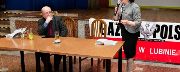 Poseł Jacek Świat i posłanka Elżbieta Witek w Lubinie.
