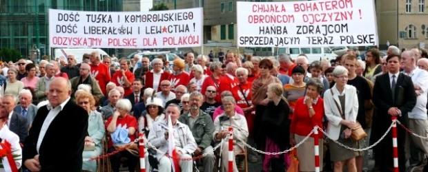 """Atak grupy szturmowej """"Gazety Polskiej"""" – 10.07.2013 r."""