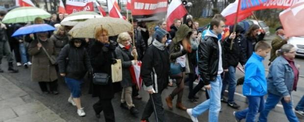 Marsz Niepodległości w Kielcach.