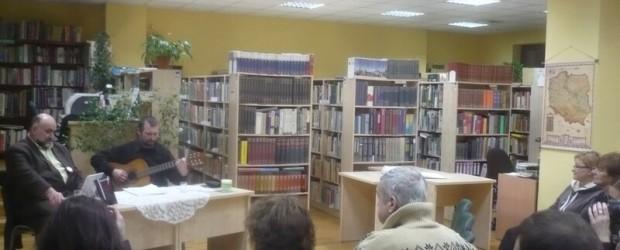 Wspomnienie trudnych lat – relacja ze spotkania autorskiego w Chojnicach