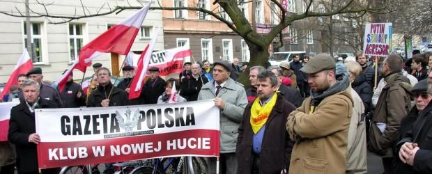 Manifestacja przed konsulatem Rosji w Krakowie (wideo)