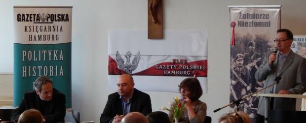"""""""Żołnierze niezłomni i ich oprawcy"""" – spotkanie z T. Płużańskim i J. Zelnikiem w Hamburgu (wideo)"""