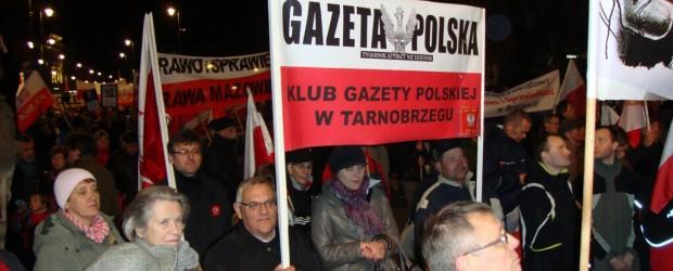 """Delegacja Klubu """"GP"""" z Tarnobrzegu na urcozcystościach w Warszawie"""
