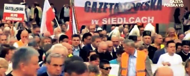 [Warszawa] 10 kwietnia 2010 r. zmienił Polaków (wideo)