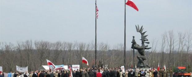 Fotorelacja –  Obchody 74 Rocznicy ludobójstwa w Katyniu oraz 4 Rocznicy Tragedii Smoleńskiej w Doylestown w Amerykańskiej Częstochowie.