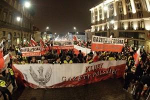 """O fenomenie Klubów Gazety Polskiej – """"Koniec systemu"""" (wideo)"""
