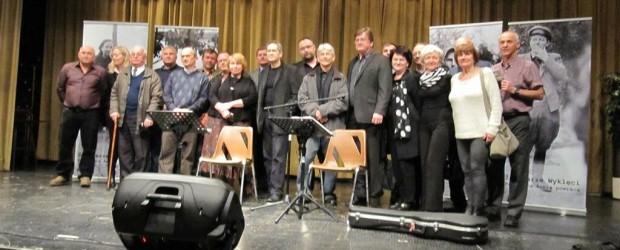 """Koncert """"Żołnierze niezłomni. Podziemna Armia powraca"""" oraz prezentacja wystawy """"Tropem Wilczym"""" w London (Ontario) WIDEO"""