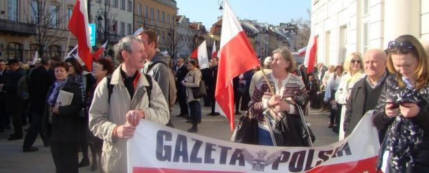 Klubowicze GP z Radomska na Marszu Pamięci w Warszawie