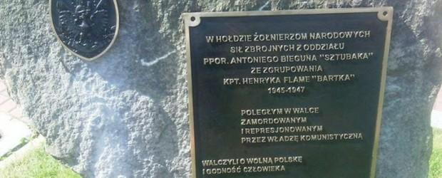 Milówka – uroczystość odsłonięcia obelisku Kpt. Antoniego Bieguna Sztubaka i jego żołnierzy, 22 czerwca