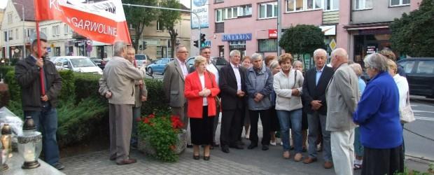 Miesięcznica tragedii smoleńskiej w Garwolinie