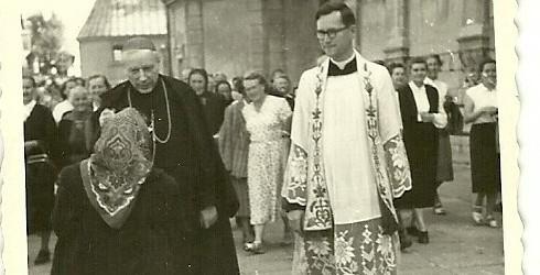 Inicjatywa upamiętnienia pamiątkową tablicą duszpasterza nidzickiej parafii