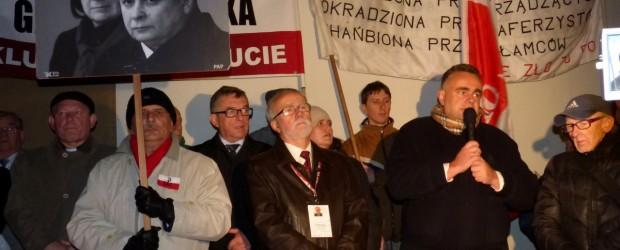 66. miesięcznica tragedii smoleńskiej w Krakowie (wideo)
