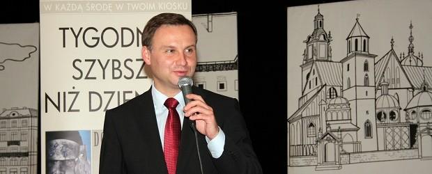 """Prezydent Andrzej Duda Człowiekiem Roku Klubów """"Gazety Polskiej""""  2015"""