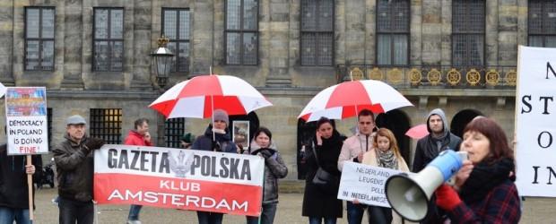 Protest przeciwko nagonce przeciwko Polsce w mediach holenderskich (wideo)
