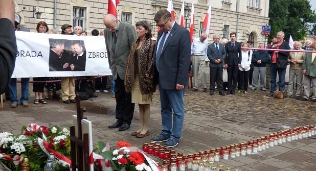 """[Tydzień w Klubach """"GP""""] 74. miesięcznica tragedii smoleńskiej"""