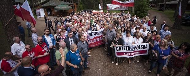 """[Fotogaleria] XI Zjazd Klubów """"Gazety Polskiej"""" – Piotrków Trybunalski 2016 r."""