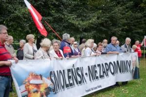 76 miesięcznica Tragedii Smoleńskiej w Poznaniu