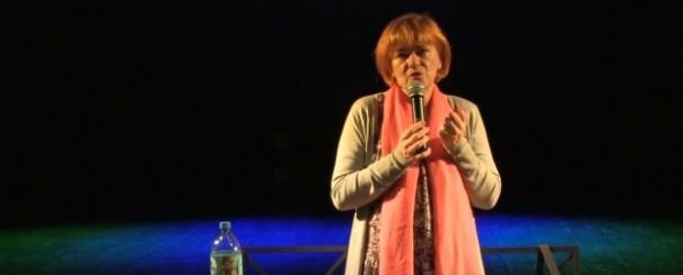 """Gniezno: spotkanie autorskie Doroty Kani """"Resortowe Dzieci Politycy"""" (wideo)"""