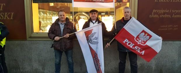 """Delegacja Klubu """"Gazety Polskiej"""" z Hamburga w Warszawie 10-13 grudnia"""
