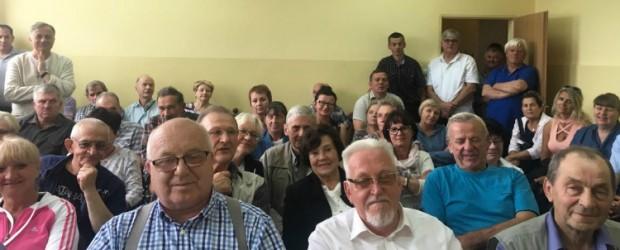 Tłumy na spotkaniu z Tomaszem Sakiewiczem w Gołubiu