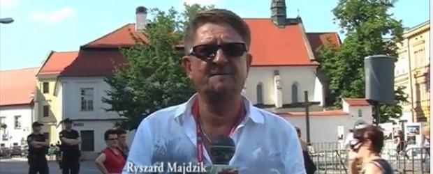 Kodziarze w Krakowie. Profanacja Krzyża Katyńskiego (wideo)