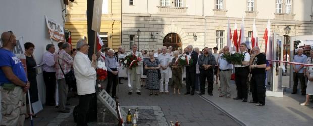 88 miesięcznica smoleńska w Krakowie (wideo)