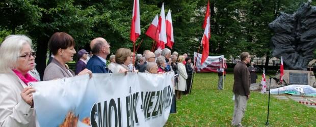 Poznań: miesięcznica tragedii smoleńskiej, 10 września