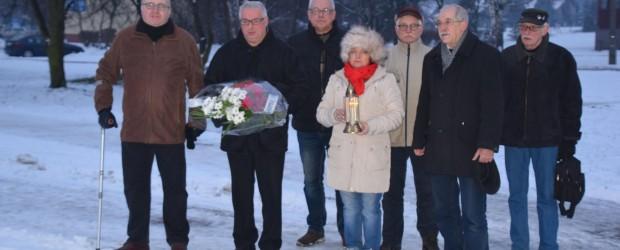 Tychy: Całą ich winą była Polskość – hołd ofiarom przymusowych przesiedleń.