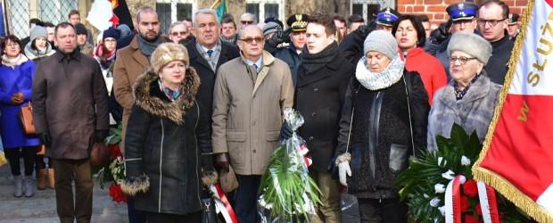 Gniezno: Upamiętnili żołnierzy wyklętych