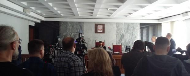 Suwałki: Wyrok w sprawie zakłócenia otwarcia wystawy przez KOD w Archiwum Państwowym w Suwałkach