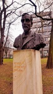 """Popiersie Henryka Sienkiewicza w Parku Jordana w Krakowie (foto. Fundacja Klubów """"GP"""")"""
