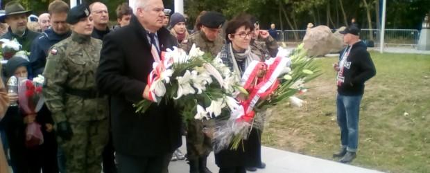 Berlin-Brandenburg: Uroczysty pogrzeb państwowy śp.admirała floty Józefa Unruga i Jego Małżonki śp.Zofii.