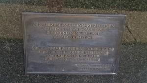"""pomnika ku czci Niezłomnych Żołnierzy Wyklętych w Amerykańskiej Częstochowie w Filadelfii  (foto. Fundacja Klubów """"GP"""")"""
