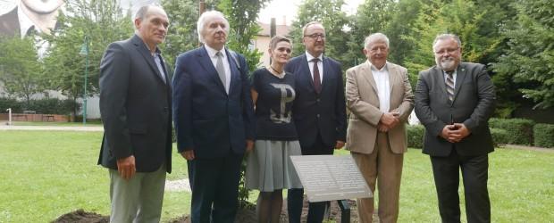Budapeszt: Posadzono dąb upamiętniający rotmistrza Witolda Pileckiego