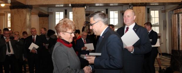 Gliwice: Odznaczenie dla Przewodniczącej Klubu w Gliwicach Marty Święcickiej