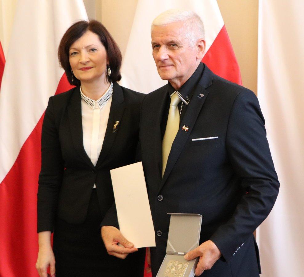 Medal Foto. rzeszow.uw.gov.pl