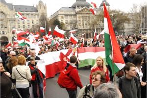 Ostatnie miejsca na Węgry. Sakiewicz: nasz udział w wyjeździe będzie silnym poparciem dla wspólnej walki