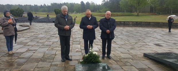 Hamburg: Uroczystości w Bergen-Belsen