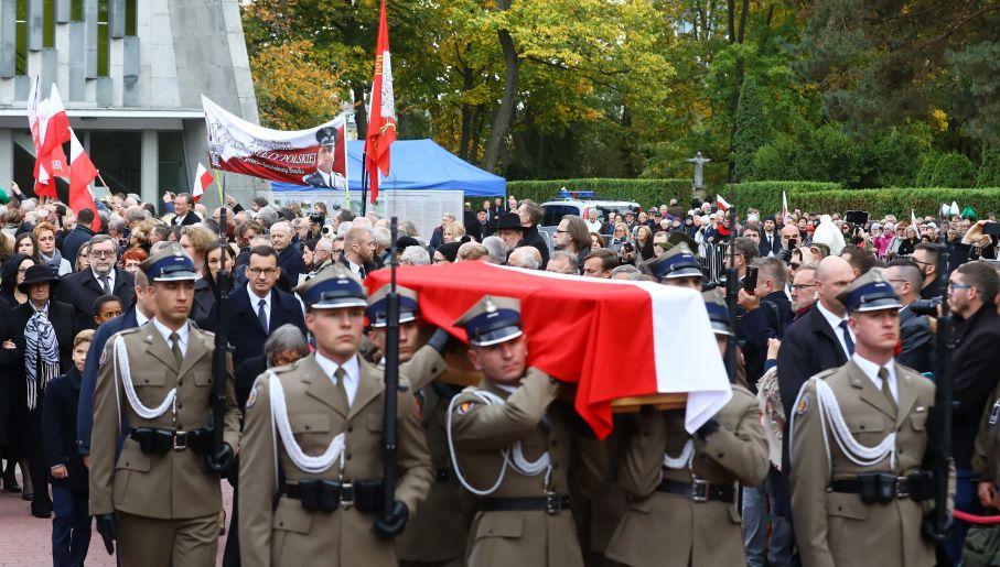 Warszawa pogrzeb1
