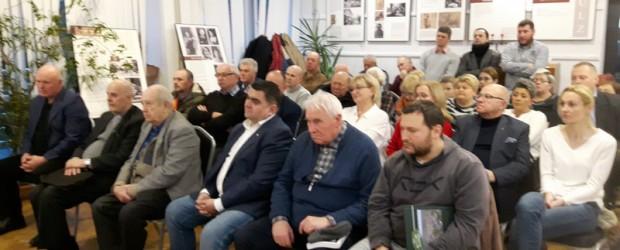 Spotkanie z prof. Janem Żarynem w Łochowie