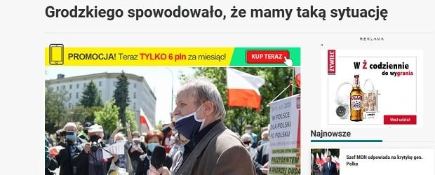 """Manifestacja przed Sejmem. Demonstranci wznosili okrzyki: """"Chcemy wyborów""""; """"Grodzki musi odejść"""" (wideo)"""