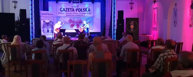 """Dąbrowa Górnicza: Koncert Pawła Piekarczyka i Leszka Czajkowskiego """"bardów polskiej prawicy"""""""