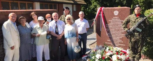 Puck: Uroczystość odsłonięcia pomnika smoleńskiego w święto Wniebowzięcia MB i WP