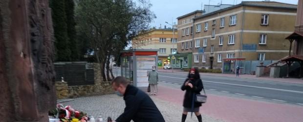 OSTROWIEC ŚWIĘTOKRZYSKI | Dzień Pamięci Ofiar Zbrodni Katyńskiej