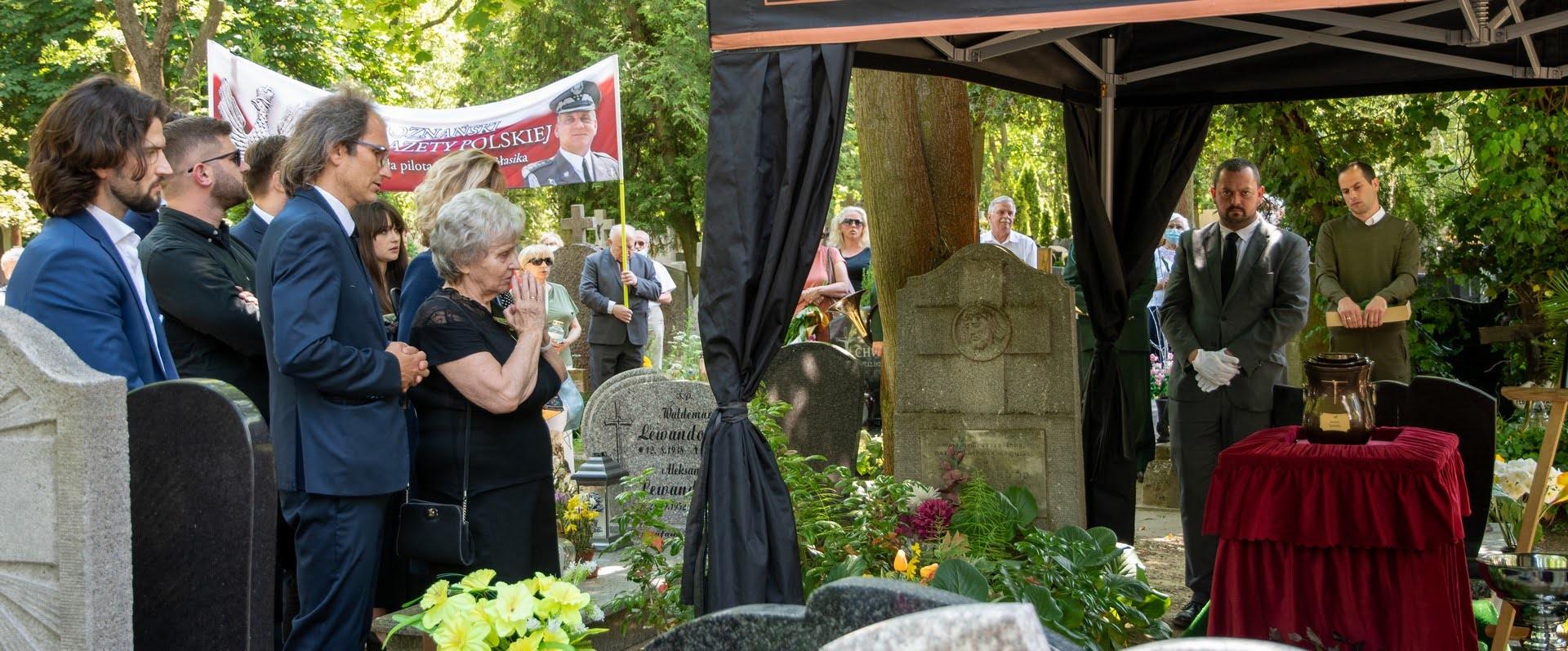 Poznan_pogrzeb