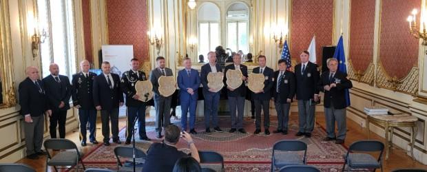 Amerykański sierżant Correy Speck przyjęty w szeregi polskich weteranów. Uroczystość w Nowym Jorku