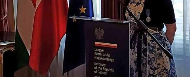 BUDAPESZT | Uhonorowanie Medalem Stulecia Odzyskanej Niepodległości Polski – Polonia Rediviva dla Joanny Urbańskiej.